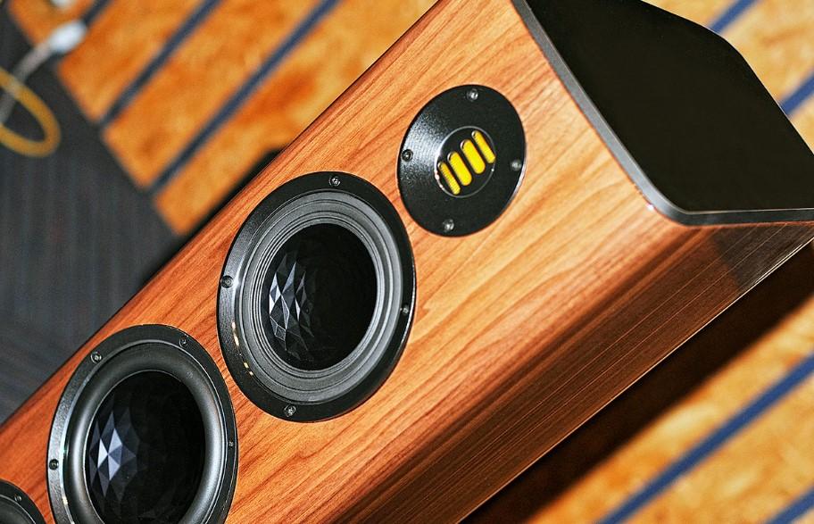 Elac Vela FS409 bemutató Soundex